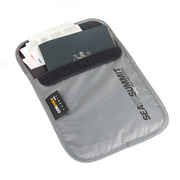 Sea To Summit Travelling Light ™ Passport Pouch RFID